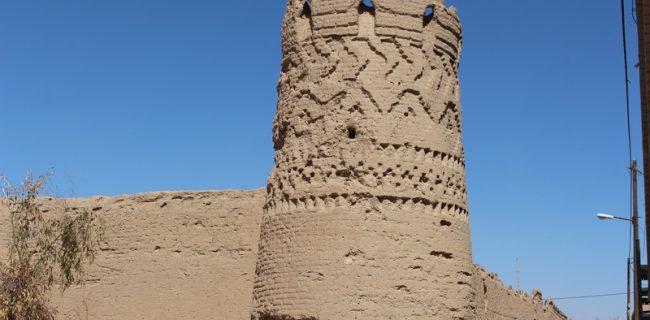 برج قلعه حسین آباد رستاق